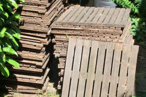 70 houten terrastegels 50x50 cm
