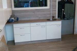 Keuken kastjes met werkblad en wasbak